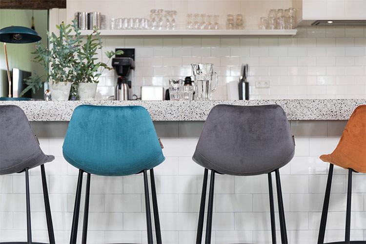 open chair sales center
